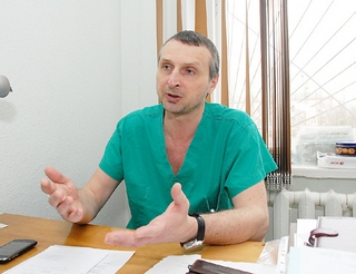 https://sof-dak.com.ua/wp-content/uploads/2020/09/vrach-onkolog-Kotenko-Oleg-Gennadevich.jpg